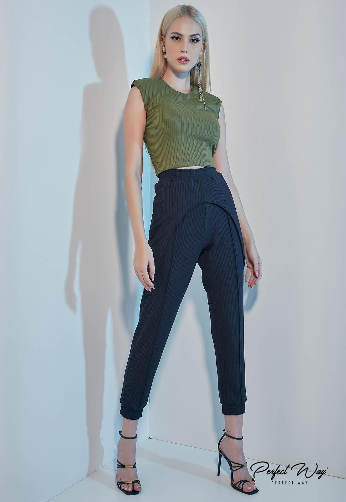 calça jogger com detalhes preto PERFECT WAY