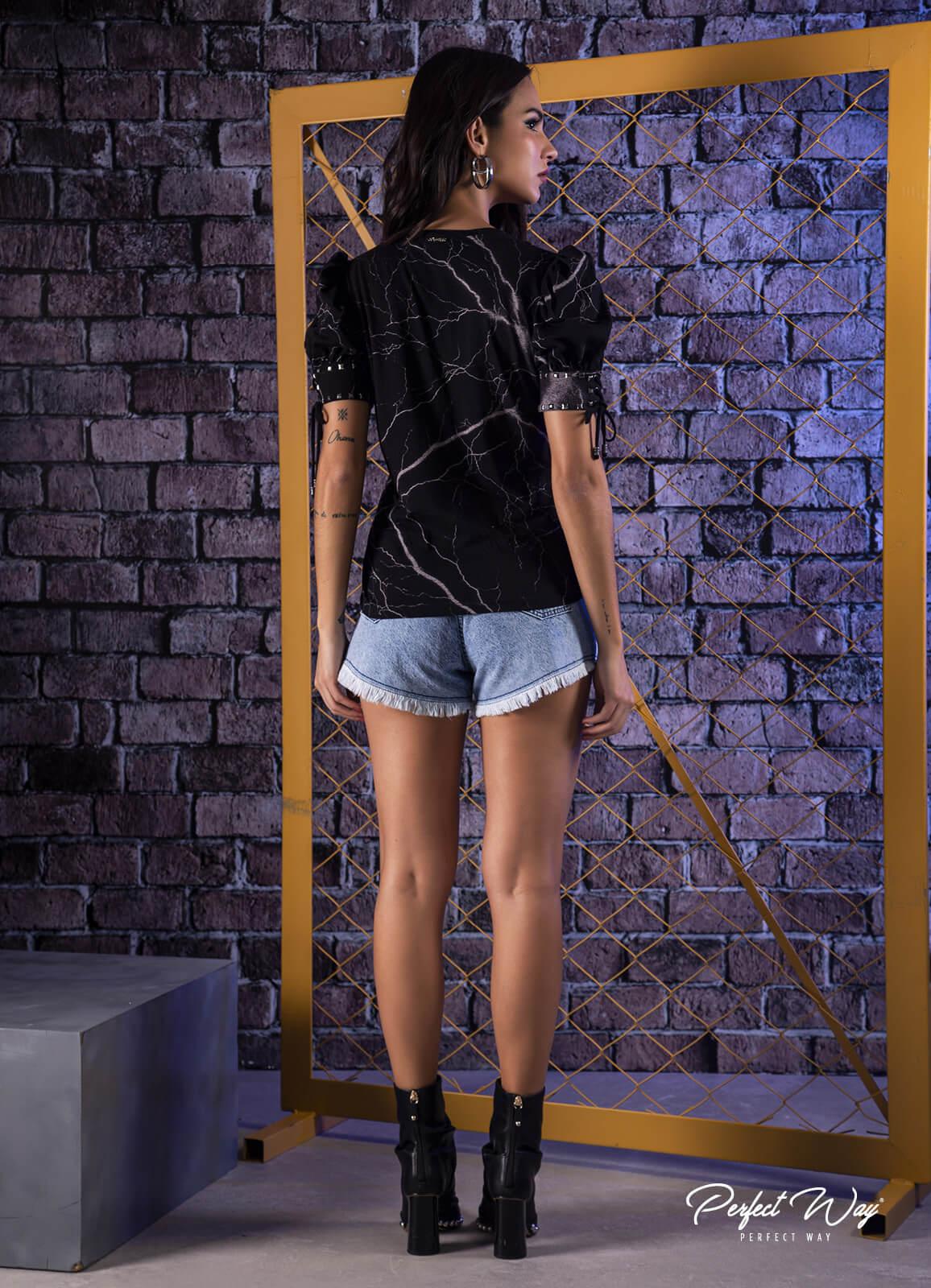 T SHIRT COM ESTAMPA EXCLUSIVA + bordado  PERFECT WAY