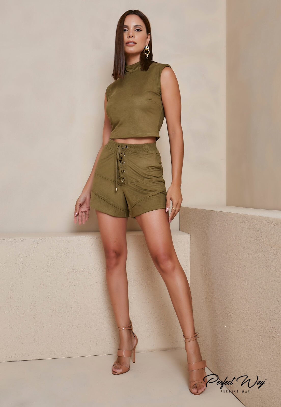 conjunto de cropped + shorts  - PERFECT WAY