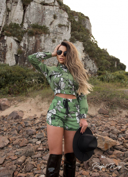 Perfect Way - CONJUNTO BLUSA + SHORTS ESTAMPADO